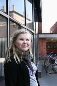 Jyväskylän Cygnaeus-lukion abiturientille Viivi Järviselle ykkösvaihtoehto ensi syksyn opiskelupaikaksi on optometrian linja Helsingin Metropolia-ammattikorkeakoulussa. Toiseksi mieluisin vaihtoehto olisi biologian opinnot Jyväskylän yliopistossa.