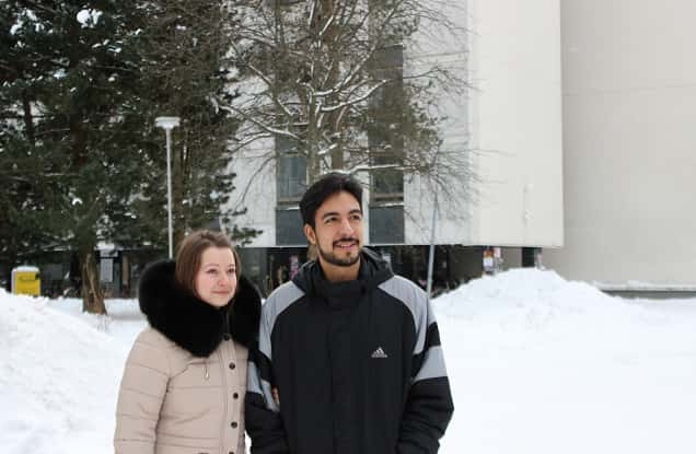 Alena Pashnova (left) and Alex Cisneros moved to Jyväskylä last year.  Picture: Arimo Kerkelä